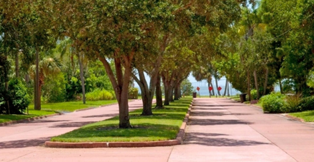 Pinellas point neighborhood in st petersburg fl